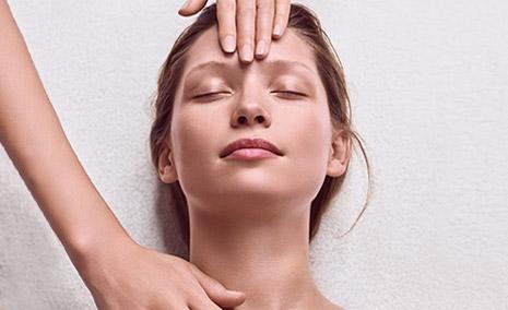 Femme en soin Skin Spa